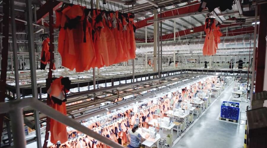 Own factories in Vietnam: - Work clothes - ISO 9001