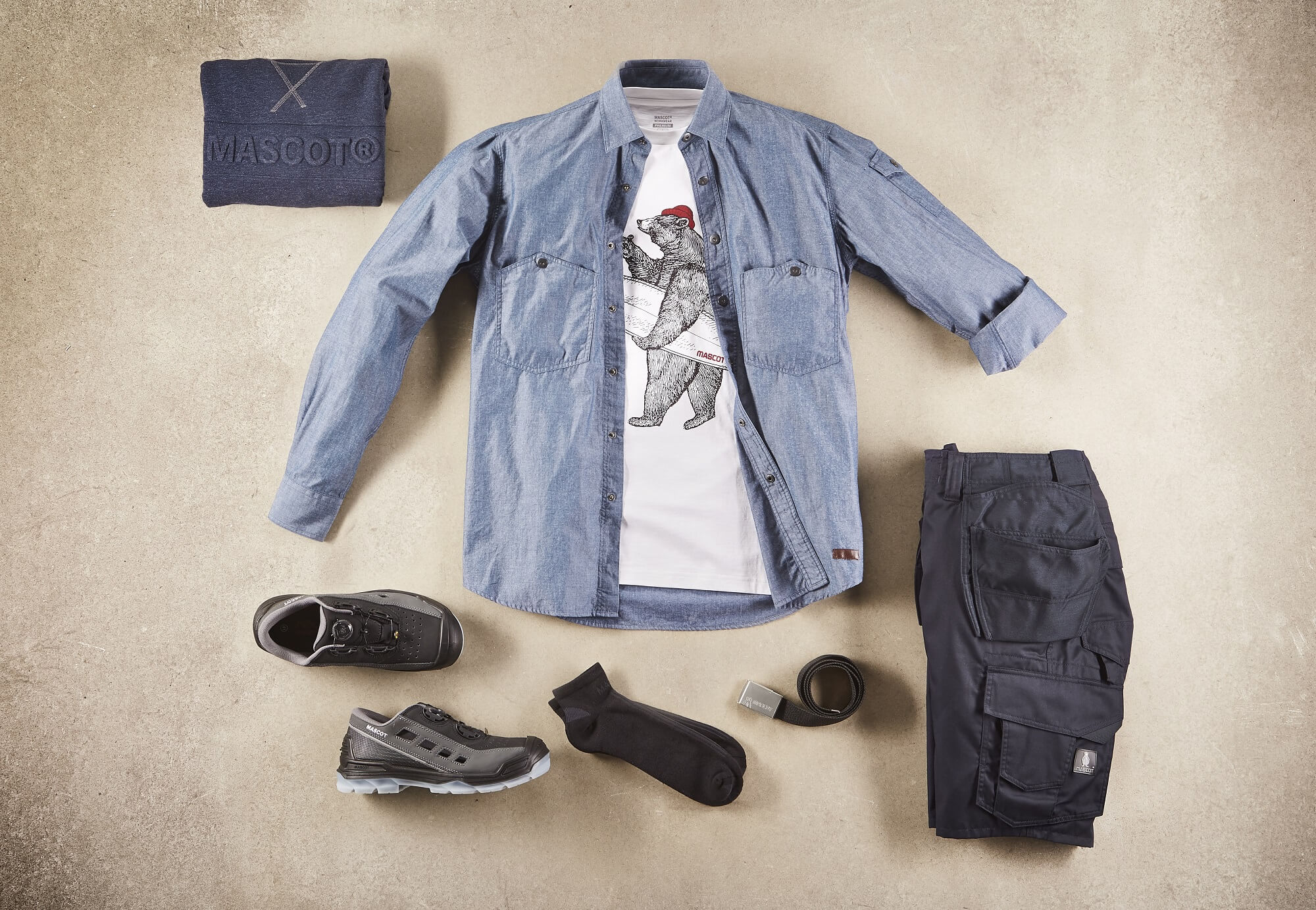 Collage - Shirt, T-shirt with Print, Trousers & Safety Sandal