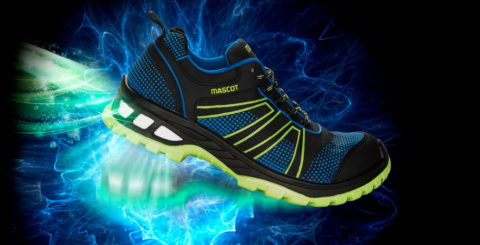 Lightweight safety shoes with shock absorption like a sports shoe