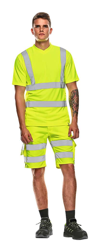 MASCOT® SAFE CLASSIC Shorts & T-shirt - Model - Fluorescent yellow