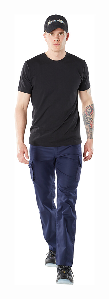 Cap, T-shirt & Trousers with thigh pockets - MASCOT® HARDWEAR Model